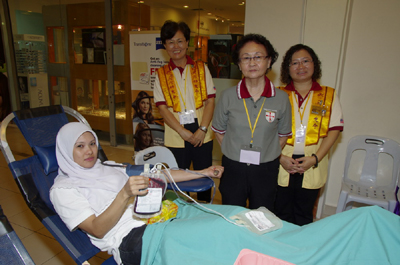 Blood donors from other faiths