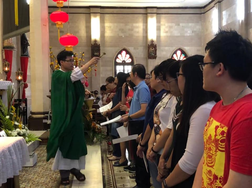 Commissioning of Chinese language faith formators at 8 am mass