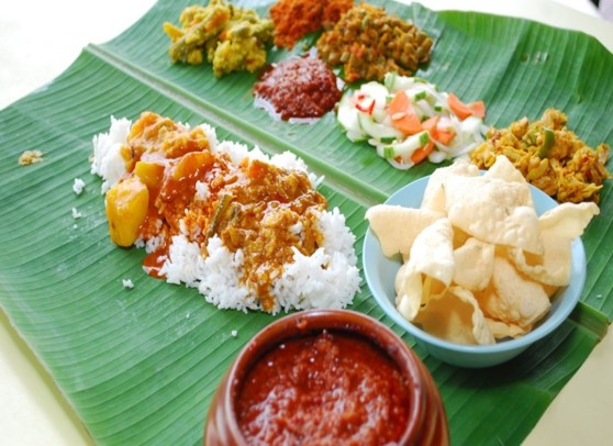 banana leaf rice meal picture